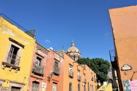 San Miguel de Allende Mexico - houses - Charlie on Travel